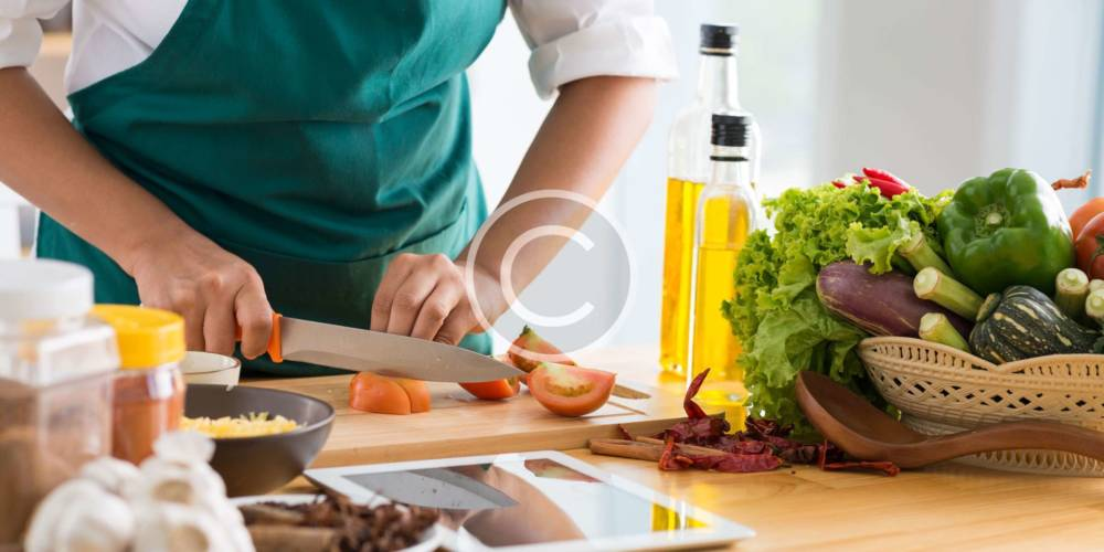 10 Facts About Why Men are Better Cooks